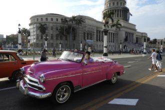 Havana taxi Chevrolet 1950 convertible in Havana